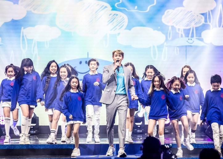 นิชคุณ และน้อง ๆ จาก D Dance Thailand ร่วมโชว์ในรายกา